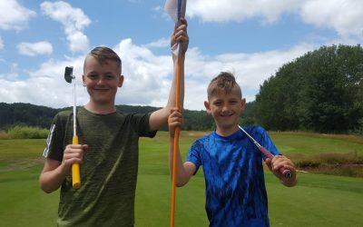 Jugendarbeit nimmt Fahrt auf – 2x Platzreife für Reinert-Brüder